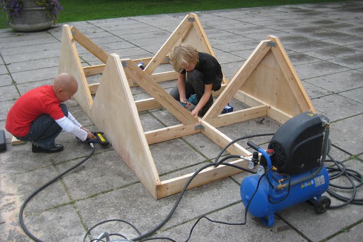Ehitasime lauatennise laua / nooremad